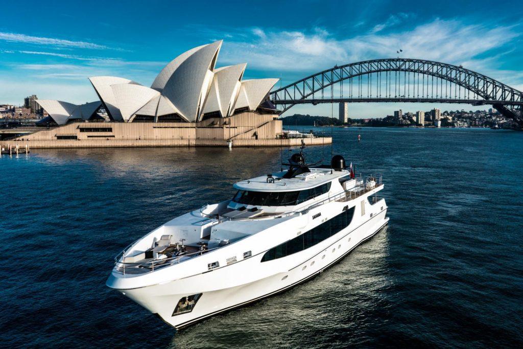 Superyacht Sahana Sunset Cruise